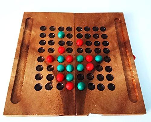 Checkers. Juego de madera. Juego de sobremesa