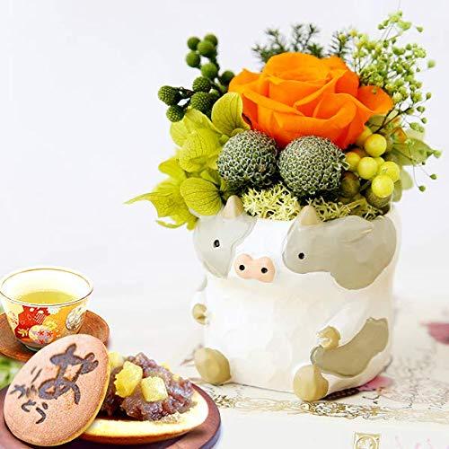 誕生日 の プレゼント 人気商品 花 バラ おいもや どら焼き お菓子 花とスイーツ お祝いギフト プリザーブドフラワー アレンジメント (牛・グレー)