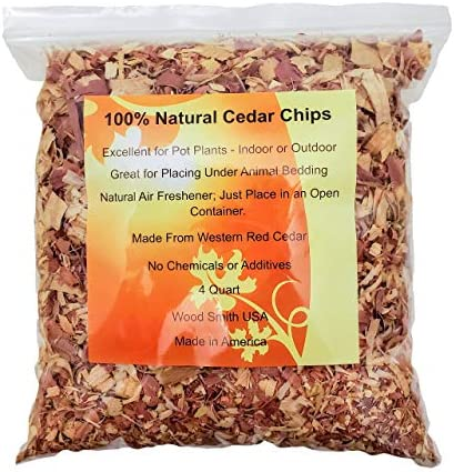 100% Natural Cedar Chips | Mulch | Great for Outdoors or Indoor Potted Plants | Dog Bedding (4 Quart)