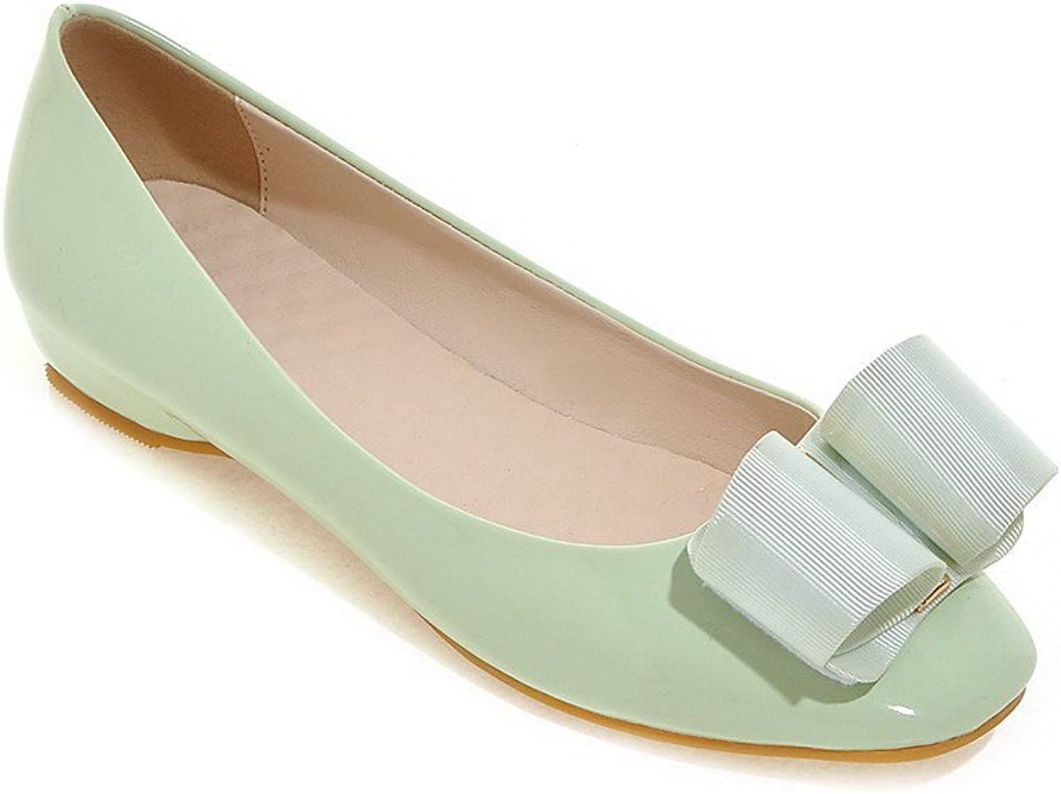 WeenFashion Women's Solid Patent Leather Low Heels Square Closed Toe Pull On Pumps-shoes