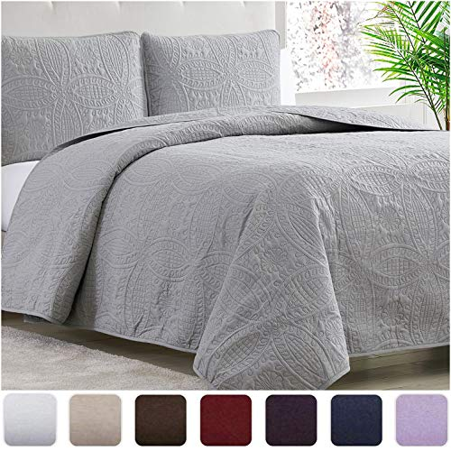 Mellanni Bedspread Coverlet Set Light-Gray - Comforter Bedding Cover - Oversized 3-Piece Quilt Set (King/Cal King, Light Gray)