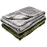 Qixuer 2 Pcs Manta de Mascotas 70x100cm,Pet Manta Fluffy Fleece Fabric Suave y Warm Manta Lavable para Perros Gatos y Otras Mascotas (2 Colores)