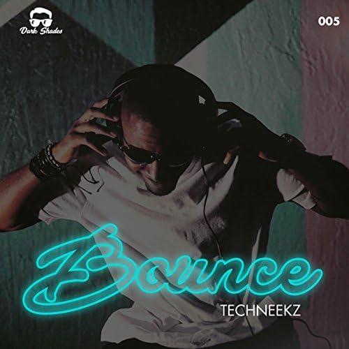 TechNeekz
