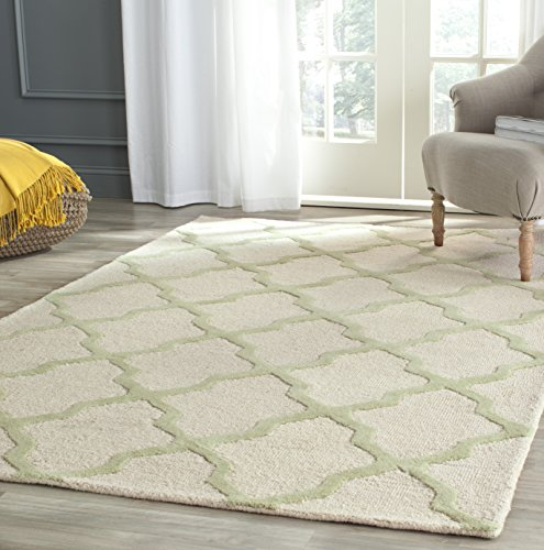 Safavieh Cambridge Collection CAM121N Handmade Trellis Premium Wool Area Rug, 4' x 6', Ivory / Light Green