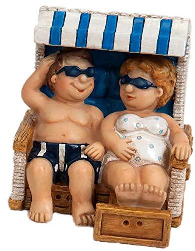 dekojohnson Urlauber-Paar Touristenpaar Mini Fensterbank Deko Pärchen Strand-Korb Mann Frau Wohnung Ostsee Blau/Weiß Maritim 8cm