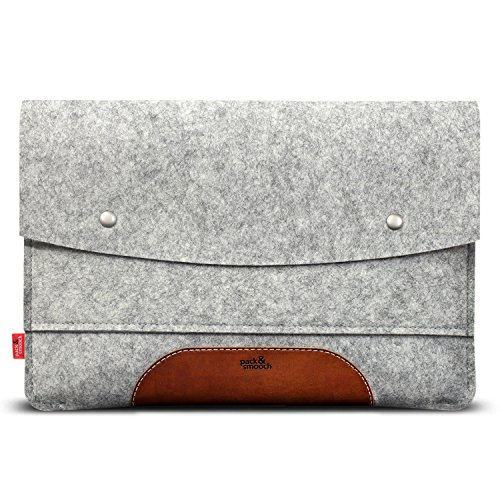 Pack & Smooch Hampshire Tablet Case Sleeve - Compatible with iPad Pro 9.7' with Smart Keyboard Folio Cover - Made with 100% Merino Wool Felt and Vegetable Tanned Leather (Grey/Light Brown)