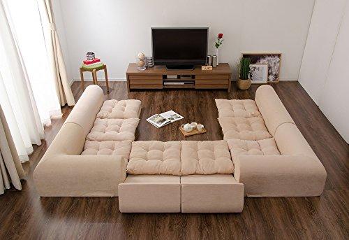 こたつソファといっても、もちろんオールシーズン使える、素材・デザイン性ともに高いソファがたくさん。  いくつかのパーツに分かれていて、用途やシーンに合わせて、自由に模様替えできます。