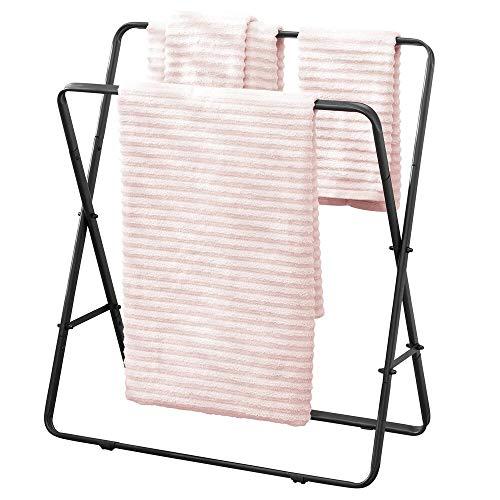 mDesign Handdoekhouder, vrijstaande handdoekstandaard met twee stangen voor handdoeken, moderne badhanddoekhouder van metaal, mat zwart