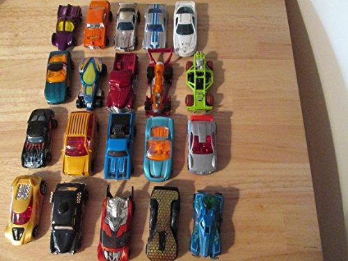 Hot Wheels - Véhicule Miniature - 20 Différentes Voitures - Modèle aléatoire