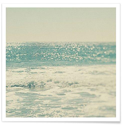 """JUNIQE® Ozeane, Meere & Seen Poster 50x50cm - Design """"Swim"""" entworfen von Myan Soffia"""