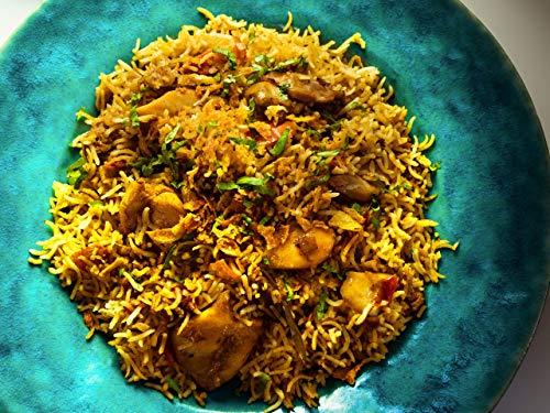 Schmackhafter Pilau-Reis mit Hähnchen
