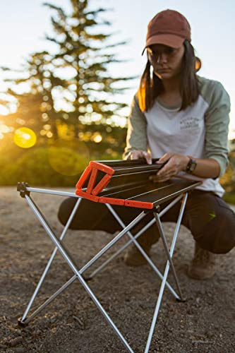 Portable Camping Table, Sportneer Lightweight Folding Table with Aluminum Table Top and Carry Bag, Prefect for Dining, Cutting, Cooking, Picnic, Outdoor, Cooking, Beach, Hiking, Fishing, Red, S