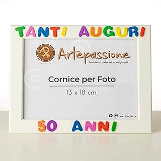 Cornici per foto in legno 13x18cm con scritto Tanti Auguri 50 Anni, da appoggiare o appendere. Ideale per regalo e ricordo.