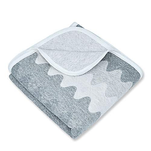 Graue Kleinkinddecke Babydecke Kuscheldecke 75x100cm aus 100% Bio Baumwolle mit Welle Muster, Wolldecke Wohndecke Tagesdecke für Jungen und Mädchen, Hypoallergen warm atmungsaktiv und super weich