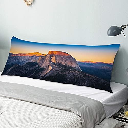 Personalizado Funda de Almohada Larga,Vista del Atardecer de Half Dome Desde Glacier Point en el Parque Nacional Yosemit,Funda de Almohada para el Cuerpo con Cremallera Sofá para Dormitorio,54' x 20'