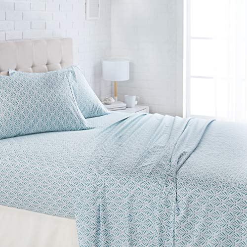 AmazonBasics Lightweight Super Soft Easy Care Microfiber Bed Sheet Set with 16' Deep Pockets - Queen, Aqua Fern