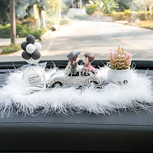 RAP Interieur sieraden ornamenten creatieve paar diamant auto schattige decoratie persoonlijkheid parfum high-end auto benodigdheden interieur zittende paar auto [ingelegd met diamanten] + gebroken witte ballon [glazen fles] + roze bloem + harige kussen