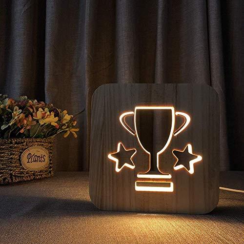 HtapsG Lámpara Escritorio Champion Trophy Dibujos Animados creativos Linda luz de Noche de Madera 3D lámpara de Mesa LED Hueca decoración Dormitorio USB habitación de los ni?os Cumplea 1