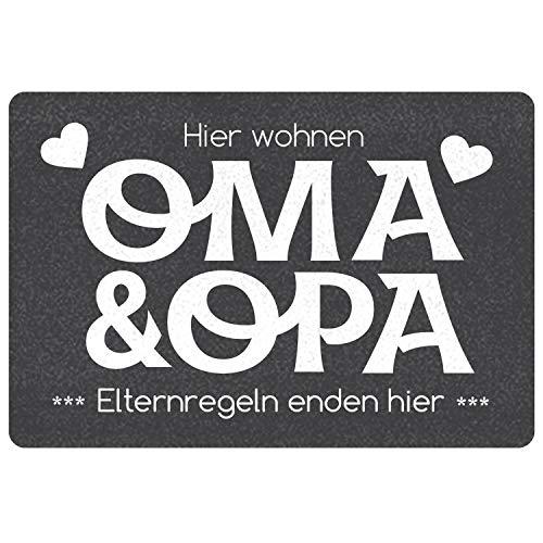 """Geschenke 24 Fußmatte """"Oma und Opa - Elternregeln Enden Hier"""" (Grau, ohne Namen) - Schmutzfangmatte mit Spruch und Namen - Geschenkidee für Großeltern"""