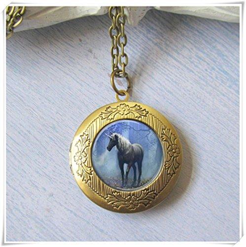 Unicorn Locket, Antique Locket, Unicornio Collar, Art Locket, Dome Glass Jewelry, puro hecho a mano
