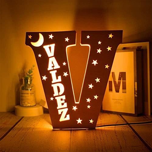 Nombre personalizado Luz de noche LED Luces de letras LED personalizadas Decoración Estrellas de madera grabadas luz de la luna Luz de letras del alfabeto de pared Regalos Decoración de dormitorio