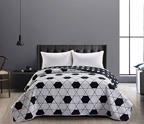 DecoKing 86292 överkast 240 x 260 cm svart vit överkast dubbelsidig lättskött geometriskt mönster svart vit hypnos kollektion Harmony