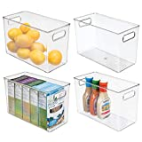 mDesign Juego de 4 cajas organizadoras con asas – Organizador de frigorífico alto para almacenar alimentos – Contenedor de plástico para los armarios de la cocina o la nevera – gris