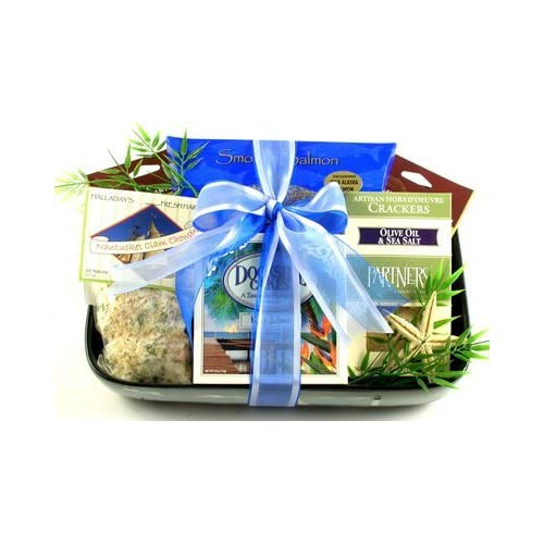 Amazon.com : Gourmet Holiday Gift Basket of Seafood Favorites | Lobster, Clam, Crab, Salmon, and More! : Grocery & Gourmet Food