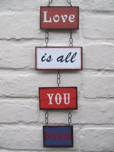 Liefde is alles wat je nodig hebt om panelen op te hangen