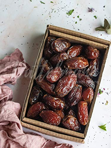 Medjool Datteln | 100% Natürlich & Gesund | Premium Qualität | Palmyra Delights | Mit Kern | süß | Soft | Weich | Vegan (1Kg)
