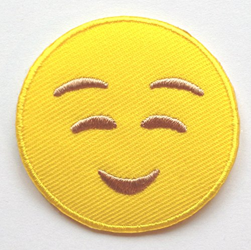 Smile Smiley Icon Emoticon Emoji Iron On// Sew On Embroidered Patch Badge