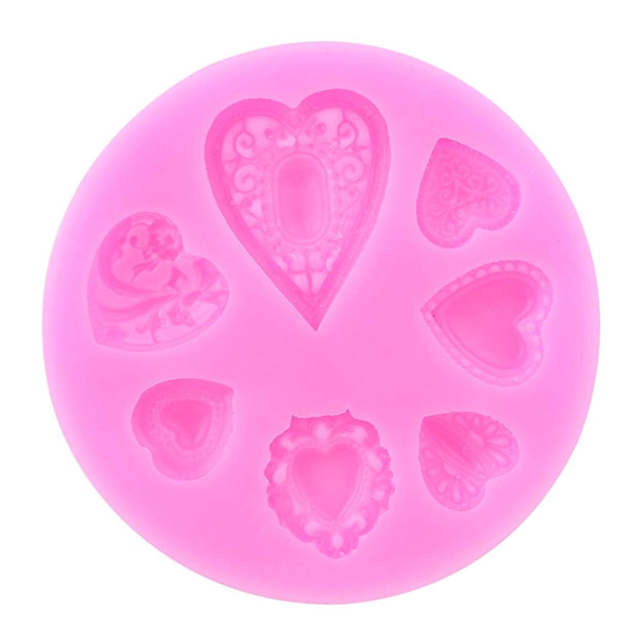 ヒロイック病気の練習Underleaf バレンタインデーのチョコレートモールドケーキ装飾ツールDIYハートベーキングフォンダンシリコンモールド