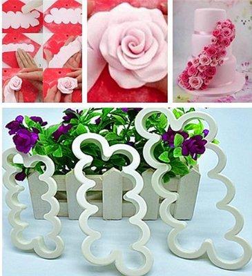 Haimoburg 3 Pezzi Tagliapasta Rosa Veloce Stampo Fiore più Semplice per Realizzare Bordure Fiorali con Rose Perfetto per Torta a Piani, Torta Compleanno Nuziale Torte Artistiche