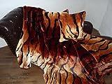 Natur-Fell-Shop 3tlg. Set Kuscheldecke Tagesdecke Tiger-Erscheinungsbild 160x200cm + 2 Kissen 40x40cm