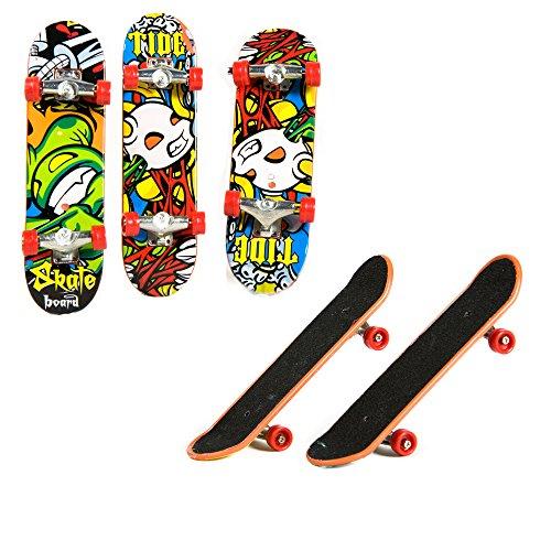 AXspeed 5 Stück Mini Skateboard für 1/10 RC Crawler Axial SCX10 90046 90047 CC01 D90 D110 TF2