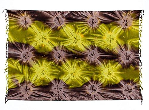 Kascha Sarong Pareo Dhoti Lunghi ca. 170cm x 110cm Braun Grün Batik mit Batik Motiv Tie Dye Handgefertigt und Kokosnuss Schnalle im Runden Design