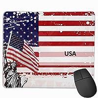 自由の女神のパーソナライズされた名前のマウスパッドアメリカ国旗のマウスパッド女性のためのパーソナライズされたデスクアクセサリー男性、30x25 cm /11.8x9.8インチ