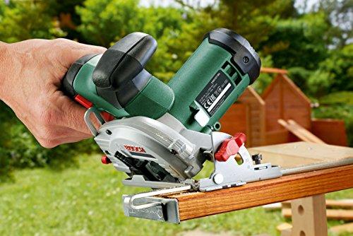 Bosch 12V Akku Mini Handkreissäge UniversalCirc 12 mit Akku, Ladegerät, Sägeblatt für Holz, Absaugadapter, Parallelanschlag, Karton (12 Volt System, 2,5 Ah) - 5