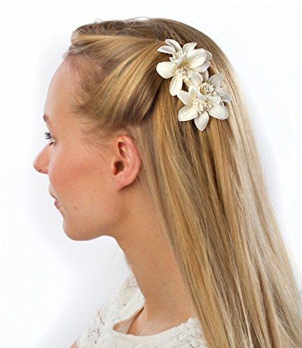 SIX Edler Haarschmuck: 2 goldfarbene Haarclips mit Textil-Lilien, für jedes Haar geeignet, Breite 5 cm, weiss (488-028)