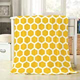 Mugod Bee Honeycombs Throw Blanket Yellow and White Abstract Seamless Pattern Decorative Soft Warm Cozy Flannel Plush Throws Blankets for Baby Toddler Dog Cat 30 X 40 Inch