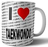 Taza con texto en inglés'I Love Taekwondo'