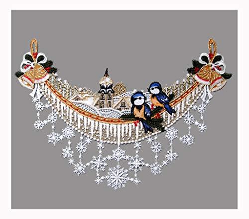 Gesticktes Fensterbild Winterbogen mit Kirche und Vögelchen weihnachtliche Fensterdekoration aus echter Plauener Spitze