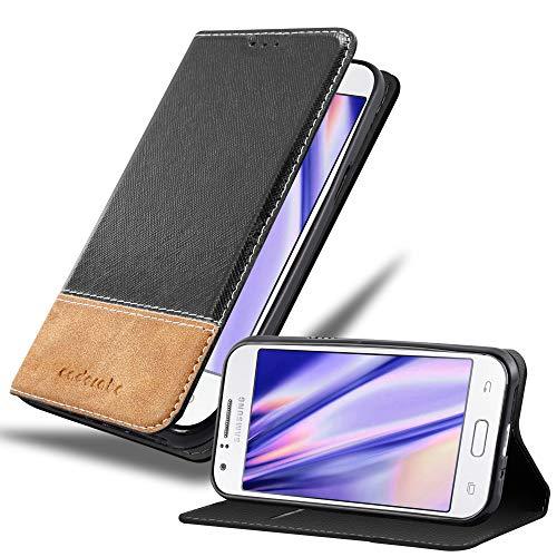 Cadorabo Hülle für Samsung Galaxy J1 2015 in SCHWARZ BRAUN – Handyhülle mit Magnetverschluss, Standfunktion & Kartenfach – Hülle Cover Schutzhülle Etui Tasche Book Klapp Style