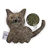 CATLABS nachhaltiges Katzenspielzeug 'Kuschelige Katze' mit Katzenminze   Faire Handarbeit für Deine Katze   Aus natürlicher Schafwolle ohne Polyester   Füllung aus 100% Katzenminze   Nachfüllbar