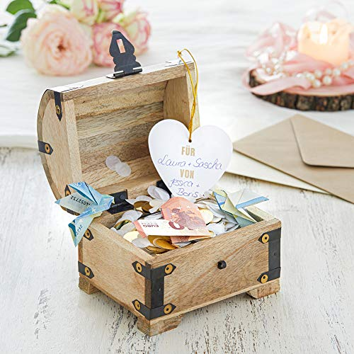 Casa Vivente Schatztruhe aus hellem Holz mit Gravur zur Hochzeit, Motiv Ringe, Personalisiert mit Namen und Datum, Verpackung für Geldgeschenke - 3