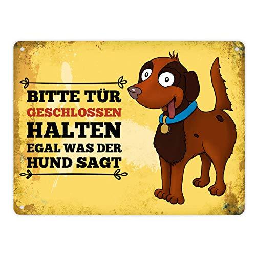 trendaffe - Metallschild XL mit Hund Motiv und Spruch: Bitte Tür geschlossen halten egal was die Katze SAGT