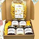 Caja de Cremas para untar HECHAS A MANO. 5 frascos aromatizados con café, caramelo y tres bombones. Una elegante caja de ideas de regalo. 1 pasta artesana GRATIS