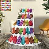 Colorida manta de microfibra de poliéster con diseño de macarrones franceses en una fila, cafetería, galletas, sabores, pastelería, repostería, diseño de alimentos, de alta gama, ligera,...