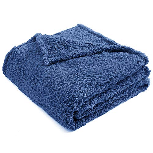 CHEE RAY Premium Sherpa Fleece Blanket for Cats
