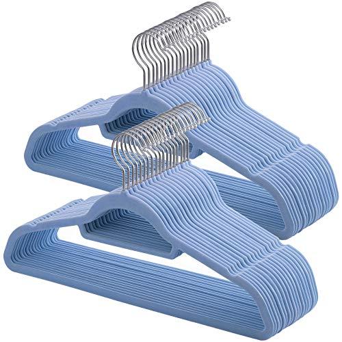 SONGMICS Kleiderbügel, 50 Stück, Anti-Rutsch, Jackenbügel, 0,6 cm Dicke, Anzugbügel Samt, platzsparend, um 360° drehbarer Haken, 45 cm breit, für Jacken, Mäntel, Röcke, Hemden, Hosen, hellblau CRF50IN